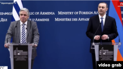 Acting Armenian Foreign Minister Armen Grigorian (right) and Uruguayan Foreign Minister Francisco Bustillo during a joint press conference in Yerevan on August 16, 2021