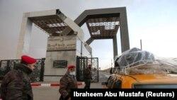 Otvoren je granični prelaz iz Rafe (arhivska fotografija), jedini koji iz pojasa Gaze vodi u svet, a nije pod kontrolom Izraela