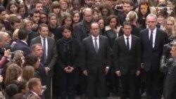 Європейці вшанували пам'ять загиблих від терактів у Парижі хвилиною мовчання (відео)