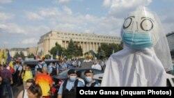Protestul din Piața Victoriei împotriva legii carantinei