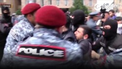 «Бархатная революция» Армении