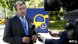 Palkovics László innovációs és technológiai miniszter közreműködik az EU szociális csúcstalálkozójának második napján a portugáliai Portóban, 2021. május 8-án