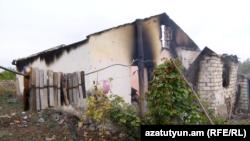 Дом в Мартакертском районе Нагорного Карабаха после ракетных обстрелов, 19 ноября 2020 г.