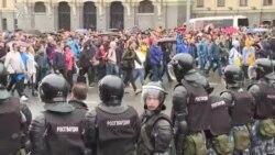 Rușii cer alegeri libere: un nou protest la Moscova