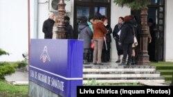 Casa de Asigurări de Sănătate Iași este una dintre puținele din țară unde candidatul a obținut notă de trecere. Imagine generică.