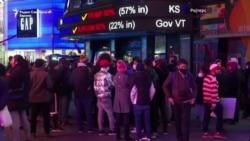 Њујорчани ги чекаат резултатите од изборите на Тајмс Сквер
