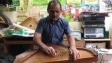 Гөсләләр ясаучы Гәрәй Мәкъсүмҗанов үз музыка коралларын күрсәтте