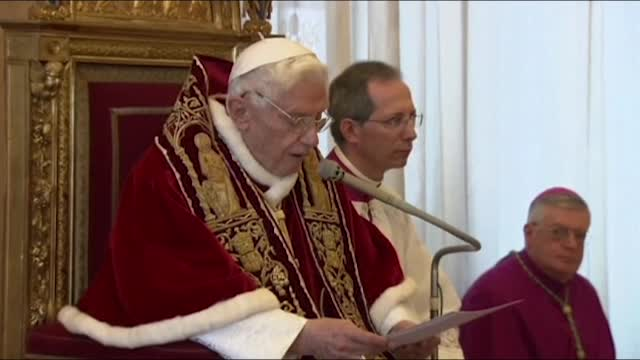 Papa Benedikt XVI podnio ostavku