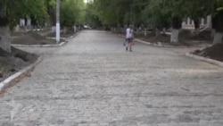 В Бендерах восстанавливают булыжную мостовую