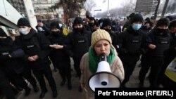 Участница движения «Oyan, Qazaqstan» Асем Жапишева.