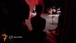 Кўзи ожиз балеринлар труппаси Бразилия театрларида чиқиш қилади