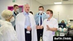 Բելառուսի նախագահ Ալեքսանդր Լուկաշենկոն մայրաքաղաքի թիվ 6 կլինիկական հիվանդանոցում, Մինսկ, 27 նոյեմբերի, 2020թ.