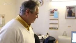 Roskomnadzor «söz serbestligi suistimal etilgeni içün» tenbiley: qırımtatar gazetası Qırımda nasıl çalışa (video)