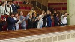 Верховна Рада затвердила обов'язкові 75% української мови на телебаченні (відео)