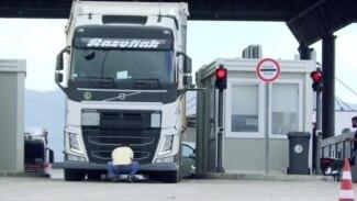 Delays At Serbia-Kosovo Border As Pristina Presses 'Reciprocal' Removal Of License Plates (CLEAN)