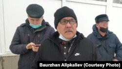 Бауыржан Алипкалиев — на переднем плане.
