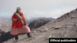 """Кадр из фильма """"Женщина"""""""