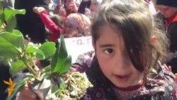 Протест на мигранти во Идомени, ослободена новинарка во Украина