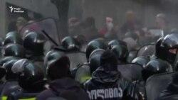 Сутички протестувальників і поліції у Тбілісі. Силовики застосували водомети – відео