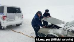Последствия снегопадов в Крыму, 19 февраля 2021 года