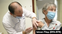 Вакцинација во Унгарија