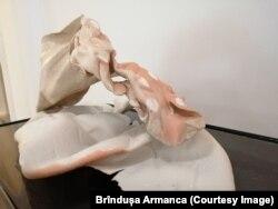 Lucrare în ceramică a lui Vlad Basarab la Art Encounters