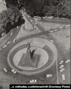 ლენინის მოედანი, 1987 წ.