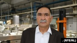 توریالی غوثی، یکی از سهامداران یکی از شرکتهای تولیدی در ولایت هرات