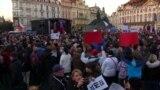 Чехи у річницю Оксамитової революції вимагали відставки прем'єра Андрея Бабіша – відео