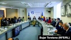 Kosovë: kabineti i Qeverisë së Kosovës, i kryesuar nga Kryeministri Albin Kurti (Foto nga arkivi)