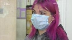 Дев'ятнадцятирічні медики на передовій проти COVID-19. У Харкові студентів беруть працювати у коронавірусні лікарні (відео)