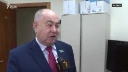 """Атамбаевтың """"блокада"""" сөзіне Қазақстан депутаттарының пікірі"""