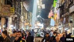 تراکم جمعیت بازار قزوین در شرایط شناسایی چندین مورد ویروس جهشیافته در این شهر