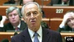 شيمعون پرز، رييس جمهوری اسرائيل، می گوید آمریکا فعلا با ایران مذاکره نکند. عکس از :ITC