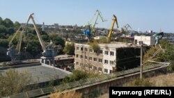 Севастопольский морской завод за последние несколько лет почти не увеличил количество рабочих мест