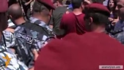 Ոստիկաններն անհամաչափ ուժ են կիրառել ցուցարարների նկատմամբ․ ՄԻՊ