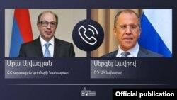 Новоназначенный министр иностранных дел Армении Ара Айвазян (слева) и министр иностранных дел России Сергей Лавров