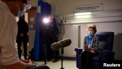 Margaret Keenan, de 90 de ani, prima britanică vaccinată contra Covid-19, Conventry, Marea Britanie, 8 decembrie 2020.