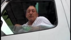 """Sürücü: """"Sərhədi keçməyimiz üçün 400 dollar alırlar"""""""