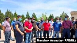Водители скорой помощи выражают недовольство условиями труда. Алматы, 19 мая 2021 года.