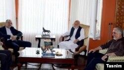 عکسی که خبرگزاری تسنیم از این دیدار منتشر کرده است