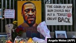 جورج فولِد سیاه پوست، نزدیک به یک سال پیش توسط یک پولیس سفید پوست کشته شد.