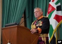 A Pandora-iratok megemlítik a Nyugat fontos közel-keleti szövetségesét, II. Abdullah jordániai királyt, aki azonban tagadja, hogy törvénysértést követett volna el