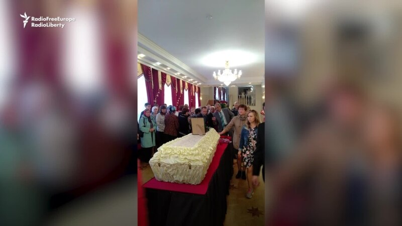 Hundreds Bid Farewell To Udmurt Scholar Who Immolated Himself Protesting Russia's Language Policies