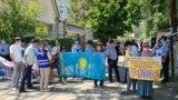 Азия: сотый день пикетов