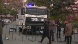 Türkiyədə kürdpərəst partiyanın liderlərini tuturlar