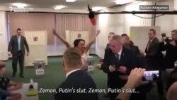 Protest FEMEN la Praga împotriva președintelui Cehiei