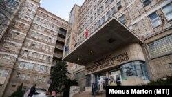 A Kútvölgyi Tömb hospital 2020. március 11-én.