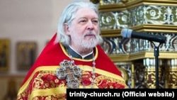 """""""For me as a priest, it's not so important what an inmate's name is or what crime he was convicted of,"""" said Russian Orthodox priest Aleksei Uminsky. """"But what is hugely important for me are the words of Christ."""""""