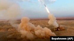 تصاویر منتشر شده از شلیک موشک توسط سپاه پاسداران ایران.